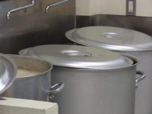 厨房機器などのキッチンカーの備品