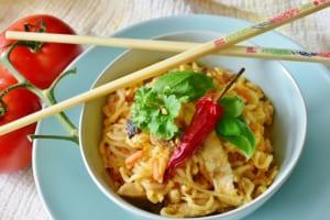 キッチンカーでアジアン料理の画像 その13
