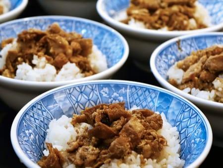 キッチンカーでアジアン料理の画像 その9