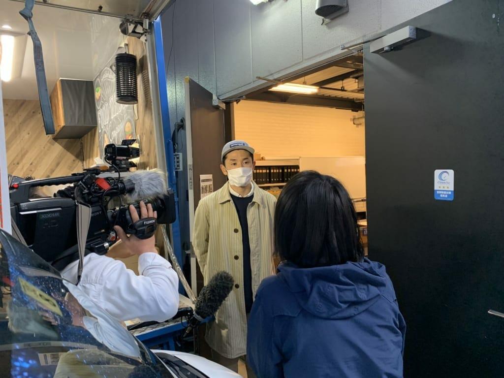 フジテレビのライブニュースイットで弊社のキッチンカー開業支援が取材されました。