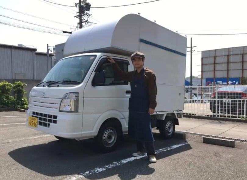 愛知県日進市の中野隆史様の「たこ焼き」のキッチンカー